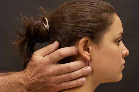 Chiropractic neck manipulation and treatment Devon
